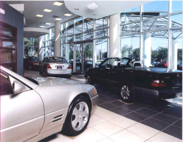 Image gallery lokey mercedes for Mercedes benz dealer in tampa fl